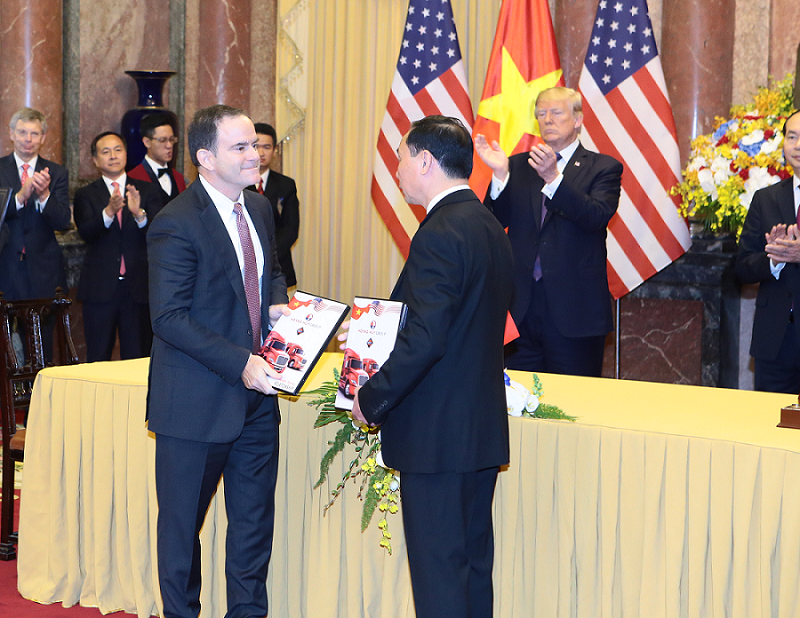Hoang Huy Finance JSC signed MoU with American company Navistar